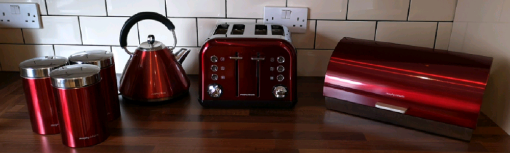 Toaster on kitchen worktop